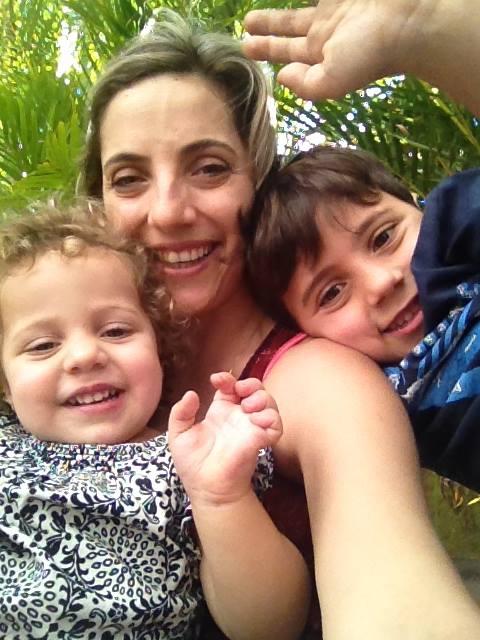 Camila com os filhos Pedro e Joana (Foto: arquivo pessoal)