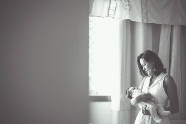 Para acolher o bebê, o ambiente deve ser parecido com o útero materno, diz a teoria da exterogestação (Foto: Ludy Siqueira)