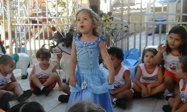 Depois de ser princesa, Ana Clara agora quer uma festa de Vingadores (Foto: Arquivo Pessoal)