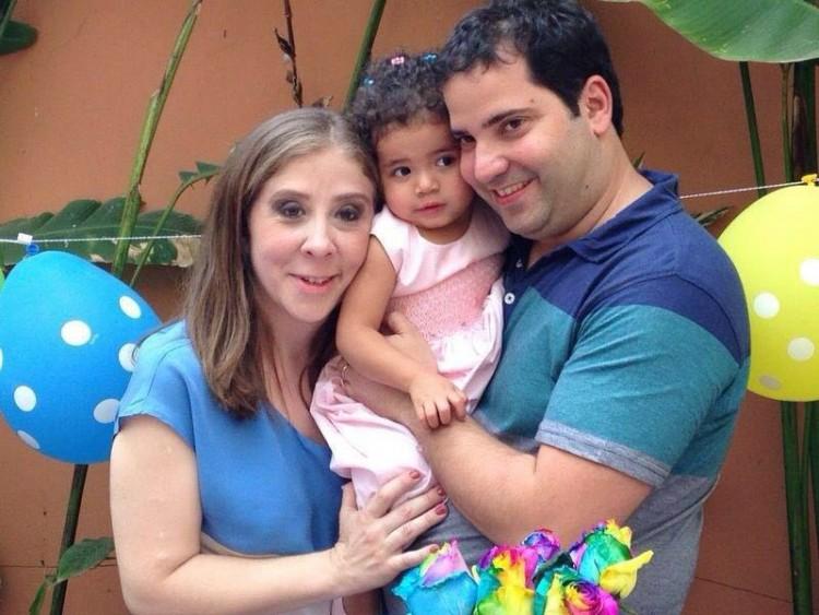 Ana, Thalita e o marido (Arquivo Pessoal)