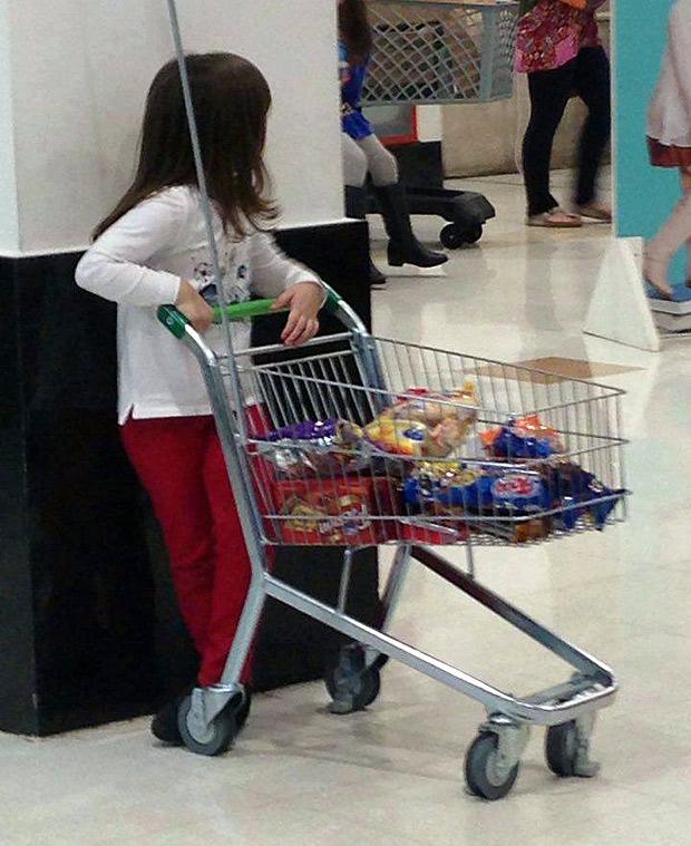 Carrinho de criança (Reprodução/Facebook/Infância Livre de Consumismo)