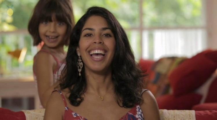 Bela Gil e a filha Flor (Divulgação)